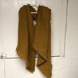 Camel brown urban blanket scarf